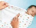 Пеленание новорожденного. Пеленать или нет ?