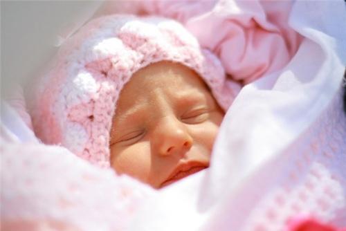 одеть на прогулку осенью новорожденного