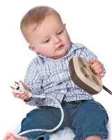 Как обеспечить безопасность ребёнка в квартире?