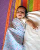 Как правильно пеленать младенца свободным способом