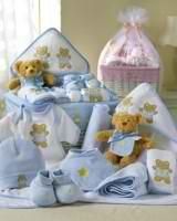 Вещи для новорождённого: что купить заранее?
