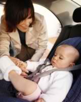 Безопасен ли сон в детском автокресле