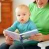 Что должен уметь ребёнок в 11 месяцев: социализация