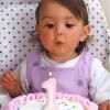 Что должен уметь ребёнок в 1 год: навыки самообслуживания