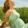 Как пережить жару во время беременности