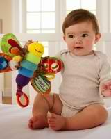 Razvivaiushchie zaniatiia dlia detei` 6 mesiatcev primery` i podskazki