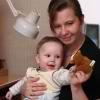 Razvivaiushchie zaniatiia dlia detei` 6 mesiatcev