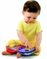 Razvivaiushchie zaniatiia dlia detei` 7 mesiatcev