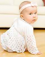Razvivaiushchie zaniatiia dlia detei` 8 mesiatcev fizicheskoe razvitie