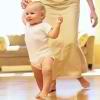 Uprazhneniia dlia detei` v 10 mesiatcev