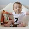 Uprazhneniia dlia detei` v 7 mesiatcev