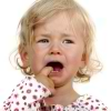 Kak lechit` laringit u rebyonka