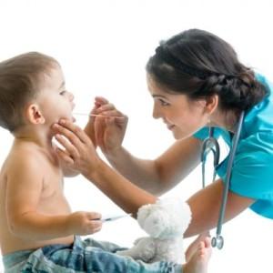Длительная температура у ребенка — нужен ли антибиотик?