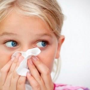 У ребенка длительный насморк с выраженной заложенностью носа